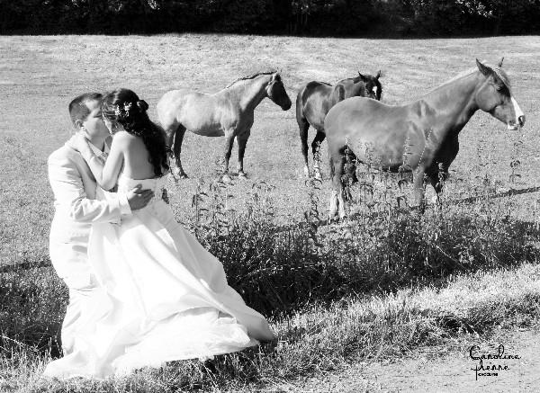 L&#039;Amiti&eacute; est sacr&eacute;e...surtout le Jour de son Mariage !<br /> <br /> Caroline Pierre Photographe