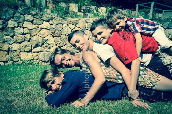 Séance photo en famille à Jouques